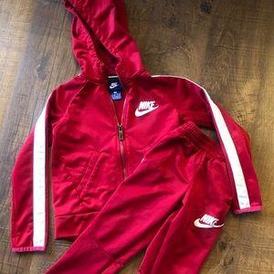 Like New! Boys Nike Full zip hoodie and pants